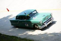 1954年Oldsmobile超级88在Mille Miglia 免版税库存照片