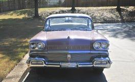 Oldsmobile Buick toppen bil Front View royaltyfria foton