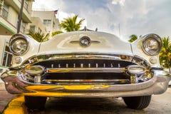 Oldsmobile clássico com cromo Foto de Stock