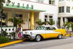 Oldsmobile clássico com cromo Fotografia de Stock