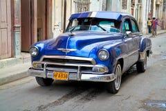 Oldsmobile clássico em Havana. Cuba, Foto de Stock Royalty Free