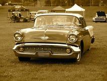 Oldsmobile clássico restaurado no Sepia Imagens de Stock Royalty Free