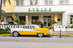 Oldsmobile classico con cromo Immagine Stock Libera da Diritti
