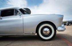 银1949年Oldsmobile Futuramic 88 Fastback 免版税库存照片