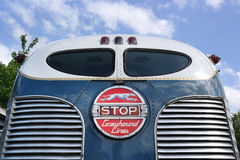 Oldtimer-Busdetail stockbild