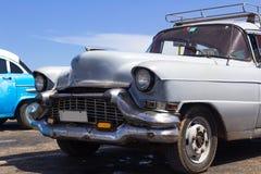 Oldtimer in Cuba Havana wordt geparkeerd dat Royalty-vrije Stock Afbeelding