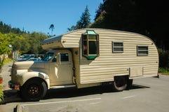 Oldtimer de caravane résidentielle Image libre de droits