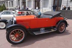 Oldtimer dell'automobile scoperta a due posti di Dodge Fotografia Stock Libera da Diritti