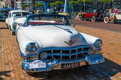 Oldtimer för Cadillac serie 62 på den årliga nationella oldtimerdagen i Lelystad Fotografering för Bildbyråer