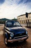 Oldtimer Fiats 500 Abarth in Turin Stockbild