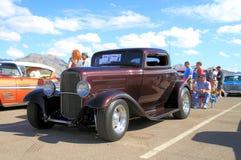 Oldtimer: 1932 Ford 3 Venstercoupé Royalty-vrije Stock Afbeelding