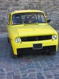 Oldtimer giallo d'annata dell'automobile sportiva Fotografia Stock