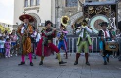 Ole mistrzowie od Francja przy Międzynarodowej Ulicznej festiwalu ` sztuki Gromadzki ` fotografia royalty free