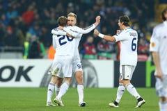 Oleh Gusev, Lukasz Teodorczyk e Aleksandar Dragovic comemorando o objetivo marcado, círculo da liga do Europa do UEFA da segundo  imagem de stock