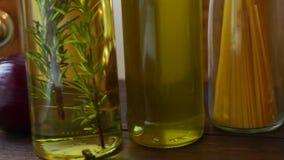 Olej Do Smażenia butelka Olej do smażenia w szklanych butelkach Condiment butelki zbiory