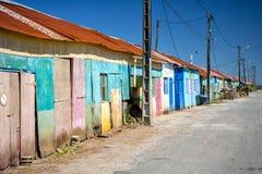 ` Oleron de Ile d Chozas coloreadas de los granjeros de la ostra Charente Martime, Francia fotos de archivo