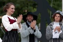 Olga Cheremnykh i operan prickskytten utomhus Arkivfoton
