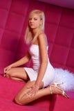 Olga in een roze ruimte royalty-vrije stock foto