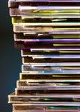 Olhando a calha o arco-íris dos dados Foto de Stock