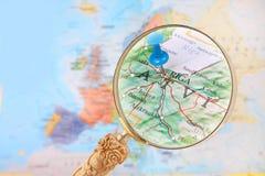 Olhando dentro em Riga, Letónia Imagens de Stock