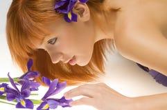 Olhando a flor fotografia de stock royalty free
