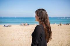 Olhando o mar Imagem de Stock