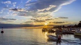 Olhao Marina Cloudy Sunset, de stad is hoofd van Ria Formosa Royalty-vrije Stock Afbeeldingen