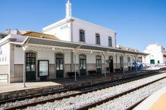 OLHAO PORTUGAL - JUNI 1, 2017: Järnvägsstation av Olhao royaltyfri bild