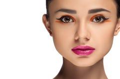 Olhar da alta-costura, retrato da mulher da beleza do close up Imagens de Stock