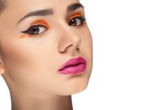 Olhar da alta-costura, retrato da mulher da beleza do close up Imagem de Stock