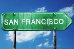 Olhar do sinal de estrada de San Francisco, vestido e danificada foto de stock royalty free