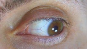 Olhar louco e do medo do olho humano video estoque
