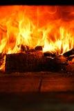 Olhar nas chamas Imagens de Stock