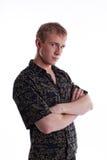 Olhar sério do homem novo em você Foto de Stock Royalty Free