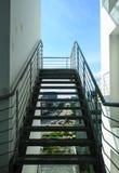 Olhe através das escadas fotos de stock royalty free
