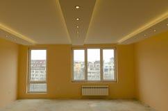 Olhe de renovar a sala recentemente pintada Foto de Stock Royalty Free