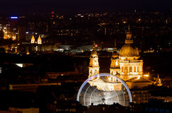 Olho de Budapest e o St Stephen Basilica imagens de stock royalty free