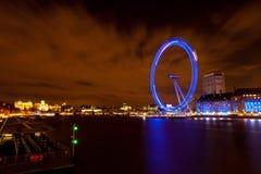 Olho de Londres da ponte de Westminster Fotografia de Stock Royalty Free