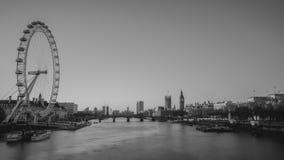 Olho de Londres e ben grande preto e branco na noite Imagens de Stock