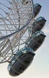 Olho de Londres em um dia de verão fotografia de stock royalty free