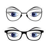 Olhos fêmeas com os vidros isolados no fundo branco Imagem de Stock