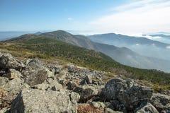 Olhovaya berg Ryssland, Primorye Arkivbilder