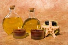 Oli essenziali di massaggio del corpo Immagine Stock
