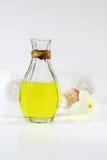 Oli för massage Arkivbild