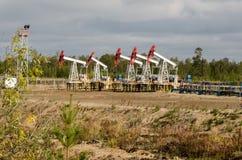 Oli pumpstålar som vänds av för reparation Royaltyfria Bilder
