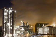 Olie-raffinaderij-installatie stock foto's