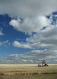 Oliebron, prairies Royalty-vrije Stock Foto's
