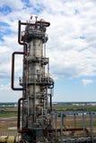 Oliedepot spoorweg, vervoer, tank, trein, bij een raffinaderij in Rusland materiaal en complexen voor koolwaterstofverwerking chi stock foto's