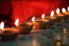 Olielampen op diwalifestival stock foto's