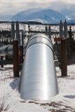Oliepijpleiding in Wildernis Stock Afbeelding